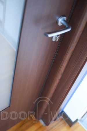 межкомнатные деревянные двери стеклопакет